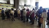 2014101901新大阪駅一階で受付.jpg